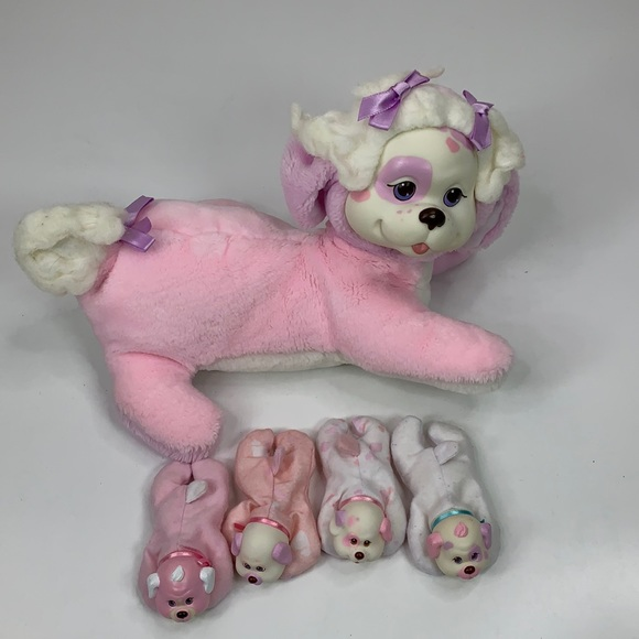 Vintage Pink Hasbro Puppy Surprise 1991 with 4 Pup